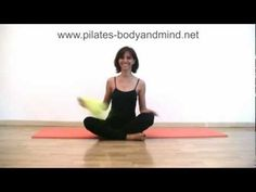 ▶ Pilates - Esercizi di Stretching per Gambe e Schiena (Parte 1) - YouTube
