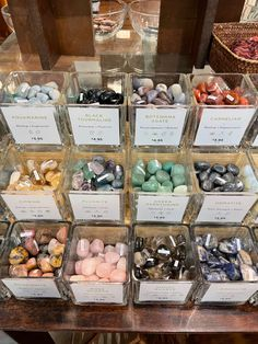 Crystals And Gemstones, Stones And Crystals, Crystal Room, Crystal Aesthetic, Crystal Meanings, Jolie Photo, Good Energy, Healing Stones, Witchcraft