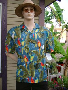 Men's Hawaiian Aloha  Shirt, X - Large, Paradise Found.
