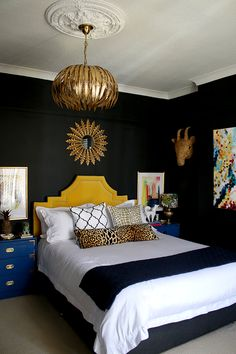 Before you write off black as too moody or dark, check out our best black bedroo. Before you write off black as too moody or dark, check out our best black bedroom ideas. Easily balance black color schemes for a dramatic and stylish look. Black Bedroom Design, Black Bedroom Furniture, Bedroom Black, Modern Bedroom, Bedroom Yellow, Black Bedrooms, Trendy Bedroom, Gothic Bedroom, Furniture Nyc