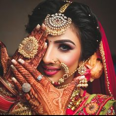24 new Ideas for indian bridal shoot beauty Indian Bride Poses, Indian Bridal Photos, Indian Wedding Bride, Indian Bridal Makeup, Indian Bridal Fashion, Indian Weddings, Wedding Makeup, Desi Bride, Indian Wedding Jewelry