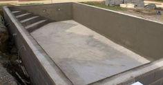 La piscine en béton, c'est la piscine creusée la plus chère à construire, et celle qui engendre le chantier le plus important. C'est pourquoi pour faire baisser le coût total du projet, nombreux sont les particuliers qui décident, plutôt que de faire appe
