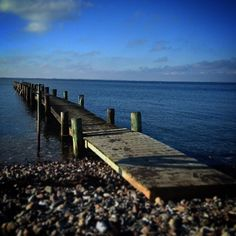 Skal - skal ikke... Brrrrrrr  #beautiful #outdoor #nature #landscape #bestofscandinavia #worldunion #wu_europe #igers #igdaily #igscandinavia #danmark #nofilter #vsco #vscocam #picoftheday #photooftheday #instagood #instamood #instadaily #assens #assensnatur #visitassens #visitdenmark #instapic #instagram #friluftsliv #winter #beach #sea #vildmedfyn