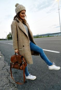 Fall outfit #beanie // long coat plus sneakers