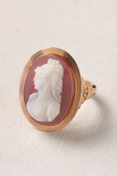 Cameo Ring. This ring is beautiful but too expensive!