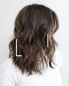 COLLAR LENGTH Cut/Style: Anh Co Tran • IG: @Anh Co Tran • Appointment inquiries please call Ramirez|Tran Salon in Beverly Hills at 310.724.8167. #dreamhair #fantastichair #amazinghair #anhcotran #ramireztransalon #waves #besthair201y #sexyhair #livedinhair #coolhaircuts #coolesthair #trendinghair #model #inspo #collarlength #movement #favoritehair #haircuts2017 #besthair #ramireztran #womenshaircut #hairgoals #hairtransformation #LorealPro #lorealprous