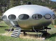 Help for my futuristic home essay?
