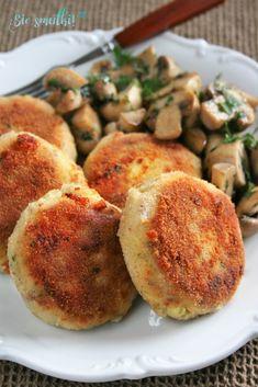 sio-smutki! Monika od kuchni: Kotlety ziemniaczano-serowe Cheddar, Baked Potato, Potatoes, Baking, Ethnic Recipes, Food, Cheddar Cheese, Potato, Bakken
