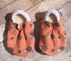 Hedgehog booties, Hedgehog Moccs, Hedgehog soft sole shoe, Baby Shower Gift, Unisex Booties, Unisex Moccs, Mommy and Me Booties by DGBooties on Etsy