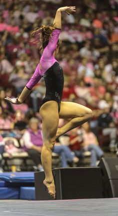 Alabama Gymnastics vs UK, college gymnastics, gymnast, moved from Kythoni's main… Gymnastics Floor, Gymnastics Poses, Gymnastics Photography, Artistic Gymnastics, Olympic Gymnastics, Gymnastics Girls, Gym Girls, Martial, Female Gymnast