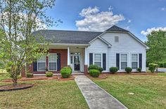 Immaculate Ranch, Open Floor Plan, Lake View & More in Indian Trail NC!