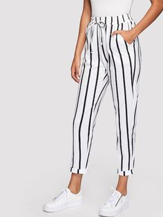 SHEIN Black and White Casual Drawstring Waist Striped High Waist Tapered Carrot Pants Summer Women Going Out Trousers Fashion Pants, Look Fashion, Fashion Outfits, Fashion Trends, Urban Street Style, Going Out Trousers, Stripped Pants, Tapered Trousers, Type Of Pants