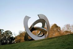 A makers' and design market in the gardens of Melbourne's Heide Museum of Modern Art. Sculpture Art, Garden Sculpture, Sculptures, King Painting, Rings Of Saturn, Futuristic Architecture, Museum Of Modern Art, Public Art, Yard Art