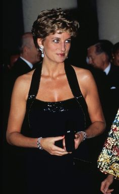 """boleyn36: """"Princess Diana (1961-1997) Appreciation Year Day 331: the princess attends a dinner at the Palace of Versailles in aid of UNESCO, 28 November 1994. """""""
