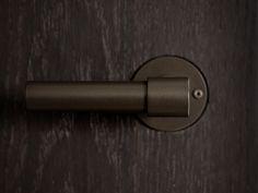 Formani edgy maastricht: formani door and window handles
