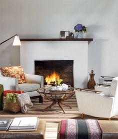 Casa de campo encantadora na serra da Mantiqueira Modern Furniture, Home Furniture, Living Room Decor, Living Spaces, Family Room Design, Cozy Living, Modern Room, Decoration, Sweet Home