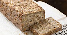 Brot selbst zu backen ist keine Kunst – mit diesem Rezept gelingt sogar eine saftige Low-Carb-Variante. | BUNTE.de
