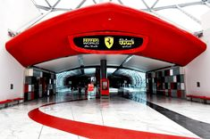 Binnen in Ferrari World, Abu Dhabi