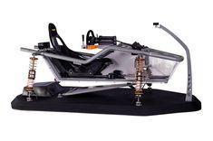 Dans le choix de son cockpit on va rechercher la modularité, l'encombrement, le prix et bien d'autres critères comme le fait, par exemple, qu'il ressemble à un véhicule de course, une monoplace, un karting... Bref chacun son truc mais pour le dernier...