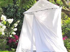 Ein Zelt für mehr Privatsphäre im Garten