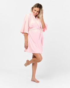 The Felicity Robe is crafted from the best quality organic bamboo for ultimate layering comfort. Specially designed to allow extra room for your beautiful bump, this is also an ideal addition to your hospital bag. A perfect baby shower gift, the gentle drape and soft silhouette sleeves will make any mother-to-be feel absolutely wonderful every time she wears it.  Organic bamboo Minimalist sleepwear design with removable waist tie Midi cut with mid-length sleeves Thermoregulating sleepwear Maternity Pajamas, Extra Rooms, Technology Design, Pyjamas, Blush Pink, Baby Shower Gifts, Hospital Bag, Mid Length, Bump