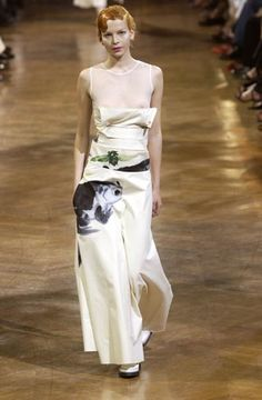 Yohji Yamamoto - Ready-to-Wear - Runway Collection - Women Spring / Summer 2003