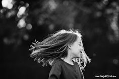 Contraste luz - B&N. Movimiento pelo
