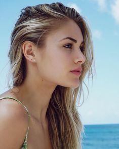 Hot blonde up ass