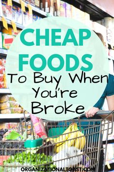 The cheapest foods to add to your grocery list. These items are perfect for making inexpensive meals and helps keep your groceries budget low! The foods will help when you are on a tight budget and have no money! Budget Freezer Meals, Frugal Meals, Budget Recipes, Cheap Recipes, Money Saving Meals, Save Money On Groceries, Groceries Budget, Cheap Meals To Make, Inexpensive Meals