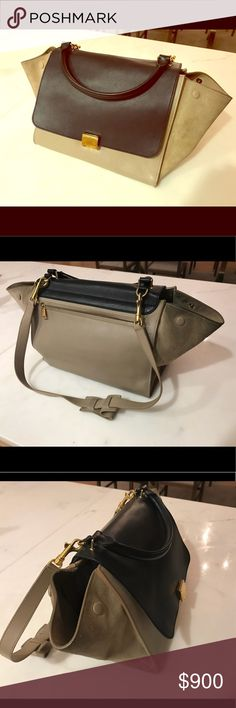 85e3aaa17 Celine Navy and taupe leather Trapeze Medium bag Navy and taupe leather  Trapeze model bag with. Bolsa CelineGris TopoModeloSignos
