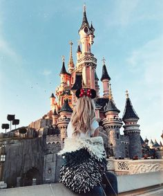 ĐANIELLA JASMINE Euro Disney Paris #QueenofJetlags