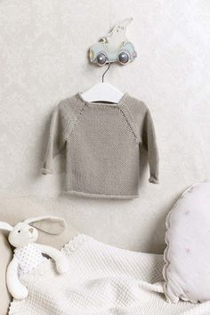 LANGYARNS FATTO A MANO 246 - LAYETTE # 6 Baby Cotton Lang Yarns, Cardigan Pattern, Garter Stitch, Baby Knitting Patterns, Mittens, Onesies, Vest, Rompers, Pullover