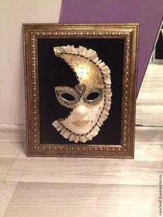 Купить Интерьерная венецианская маска Луна - золотой, интерьерная маска, декор для интерьера, Папье-маше