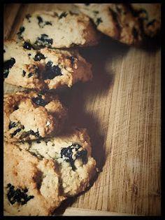 AromaticMix: Νηστίσιμα Μπισκότα με Μύρτιλλα Banana Bread, Muffin, Website, Breakfast, Desserts, Recipes, Food, Morning Coffee, Tailgate Desserts