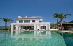 Contemporary Villa in La Zagaleta!   FEATURES    5 bedrooms 5 Bathrooms 1.035 m² Built 912 m² Interior 123 m² Terrace 3.206 m² Plot