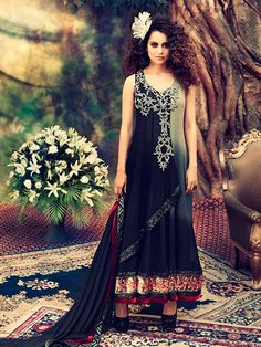 Refresh your closet with the latest designer Pakistani lawn suits by wishcart made with skin friendly fabric. These suits will not only give you comfort but also helps in enhancing your beauty and looks.