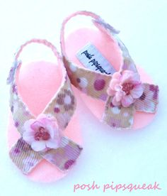 Sassy Sandals  www.facebook.com/poshpip Baby Sandals, Bare Foot Sandals, Baby Booties, Baby Shoes, Girl Doll Clothes, Doll Clothes Patterns, Girl Dolls, Sewing For Kids, Baby Sewing