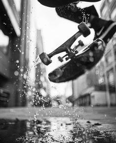 🛹 Skateboard 📱 Fond d'écran cellulaire no 13 Skate Photos, Skateboard Pictures, Skateboard Art, Cool Photos, Skateboard Tattoo, Creative Photography, Street Photography, Skate Art, Skate Style