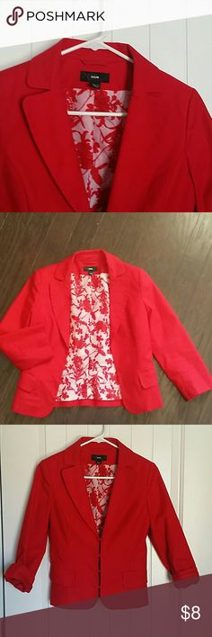 H&M Bold Red Blazer This blazer is a guaranteed conversation piece! Add a favorite blouse and wear open or buttoned..either way it adds an hourglass shape to your torso. Jackets & Coats Blazers