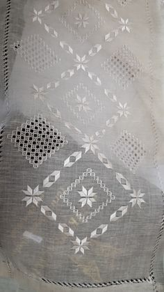 White Embroidery, Embroidery Patterns, Bargello, White Patterns, Pattern Design, Diy And Crafts, Victorian, Stitch, Fabric