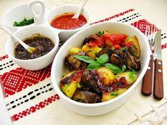 Sütőben sült fűszeres máj burgonyával- a tökéletes vacsora! Romanian Food, Cooking Recipes, Beef, Meals, Drinks, Food, Meat, Drinking, Food Recipes
