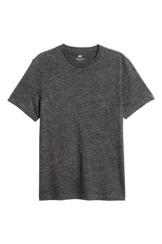 CONSCIOUS. Jersey T-shirt with a nepped texture. Regular fit. Made partly from organic cotton.