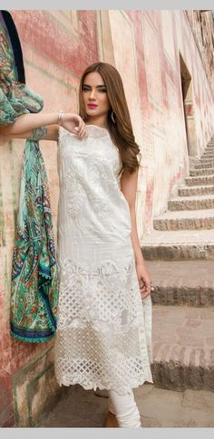 Pakistan Fashion, India Fashion, Asian Fashion, Pakistani Outfits, Indian Outfits, Simple Dresses, Casual Dresses, Indian Designer Wear, Churidar