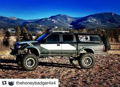 Happy New Year everyone! Who has big plans to modify their Toyota this year? ... @thehoneybadger4x4 Bidding 2017 farewell in style. It's been an interesting year. It's been a huge year for the Honey Badger. So here's to the adventures in 2018. First one should be tomorrow... --------------- #honeybadgerdontcare #letsgoplaces #instadaily #colorado #coloradolife #colorado4x4 #coloradolove #coloradogram #offroad #toyota #toyotatacoma #diamondaxle #toyota4x4 #toyota4wd #liveaslegends…