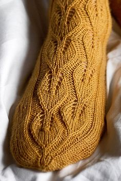 By continuing to use this website, you consent to our use of these cookies. Nordic Yarns and Design since 1928 0 Alla koivupuun -pitsineule villasukat Novita Venla Easy Scarf Knitting Patterns, Christmas Knitting Patterns, Lace Knitting, Knitting Socks, Sweater Patterns, Knit Socks, Stitch Patterns, Lace Socks, Crochet Baby Hats