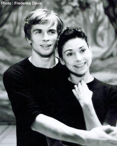 Rudolf Nureyev and Margot Fonteyn (photo by Frederika Davis)  http://www.annabelchaffer.com/