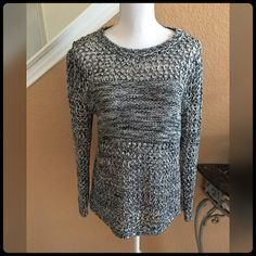 ✨ BLACK & WHITE SWEATER✨ Worn only once. In great condition. Poof! Sweaters Crew & Scoop Necks