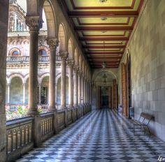 Claustre de la Central Cloister of the Barcelona University
