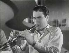 Great performance of the large band (brass, winds, strings, and rhythm section) from the 1940 film Second Chorus