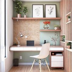 60 Comfortable Home Office Ideas to Inspire. home office ideas; small home office; There is a need for a home office, especially for those who work at home or need continue unfinished work at home. A good workspace… Office Nook, Home Office Space, Home Office Desks, Desk Nook, Study Office, Tiny Home Office, Small Space Office, Home Office Shelves, Home Office Table